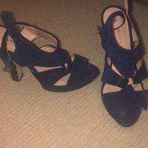 Navy sole society heels